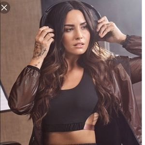 NWT Demi Lovato Fabletics Black Pink Sports Bra S
